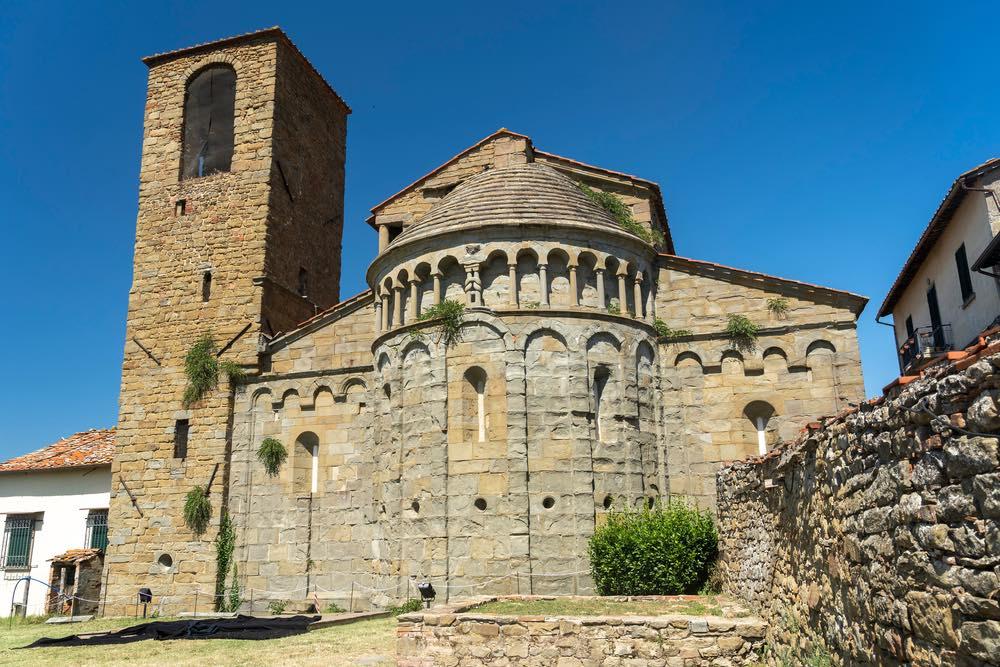 Abside e campanile di San Pietro a Gropina, antica pieve del Valdarno