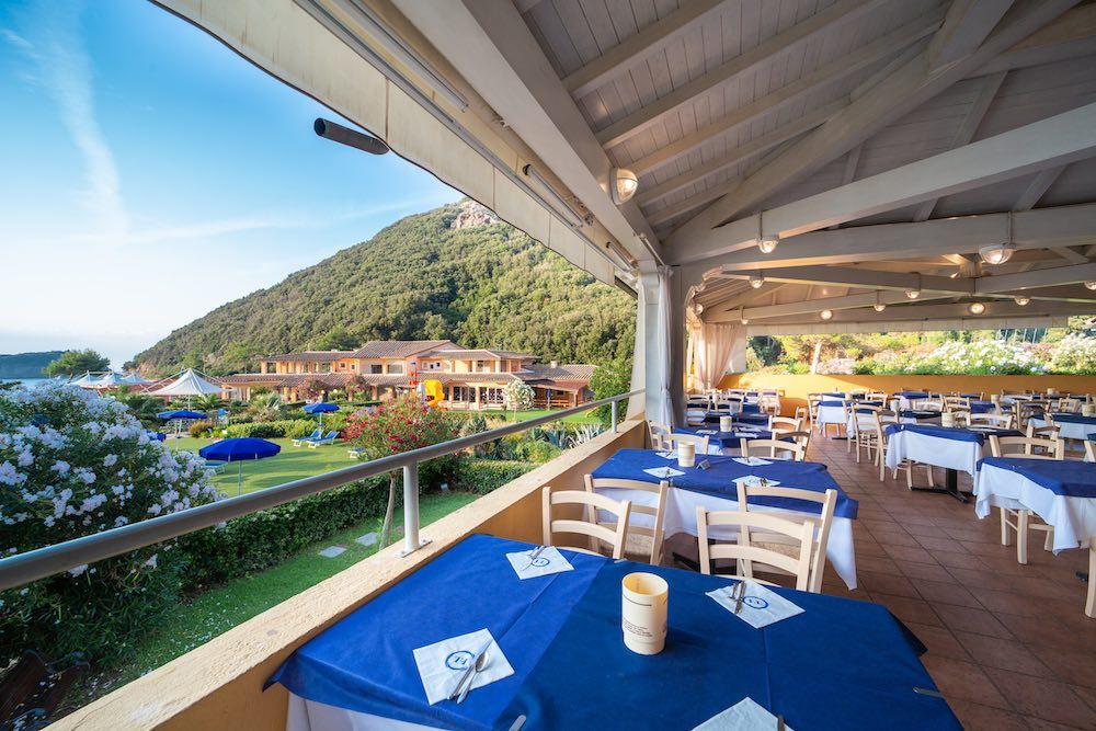 Ristorante del villaggio vacanze sul mare all'Isola d'Elba TH Ortano