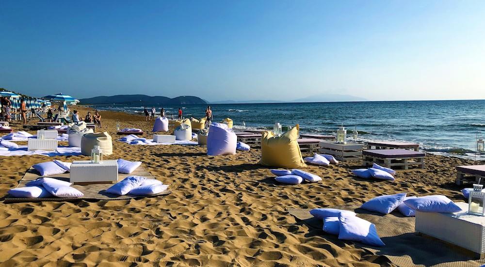 Spiaggia del Garden Toscana Resort, villaggio vacanza sul mare in Toscana