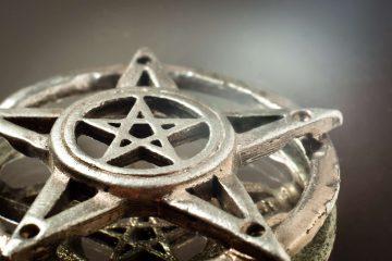 Il simbolo del pentacolo: stella a 5 punte