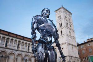 Riproduzione a grandezza naturale di Terminator a Lucca Comics 2019 in Piazza San Martino